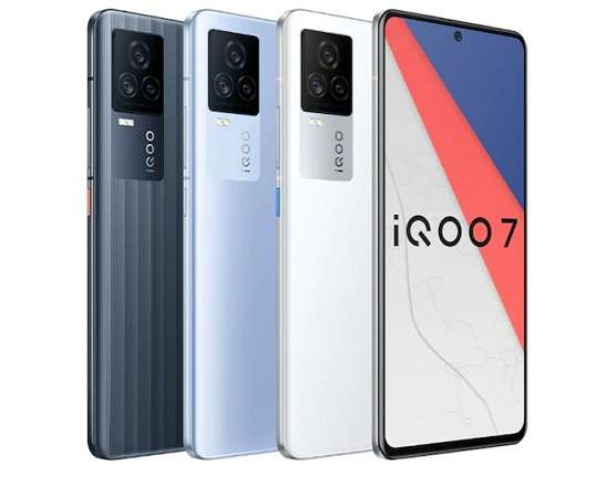 iQOO 7 phone